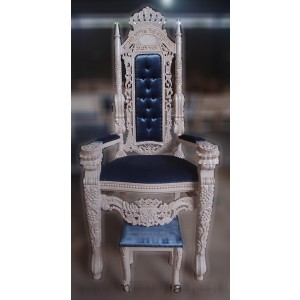 King Elijah Chair White and blue